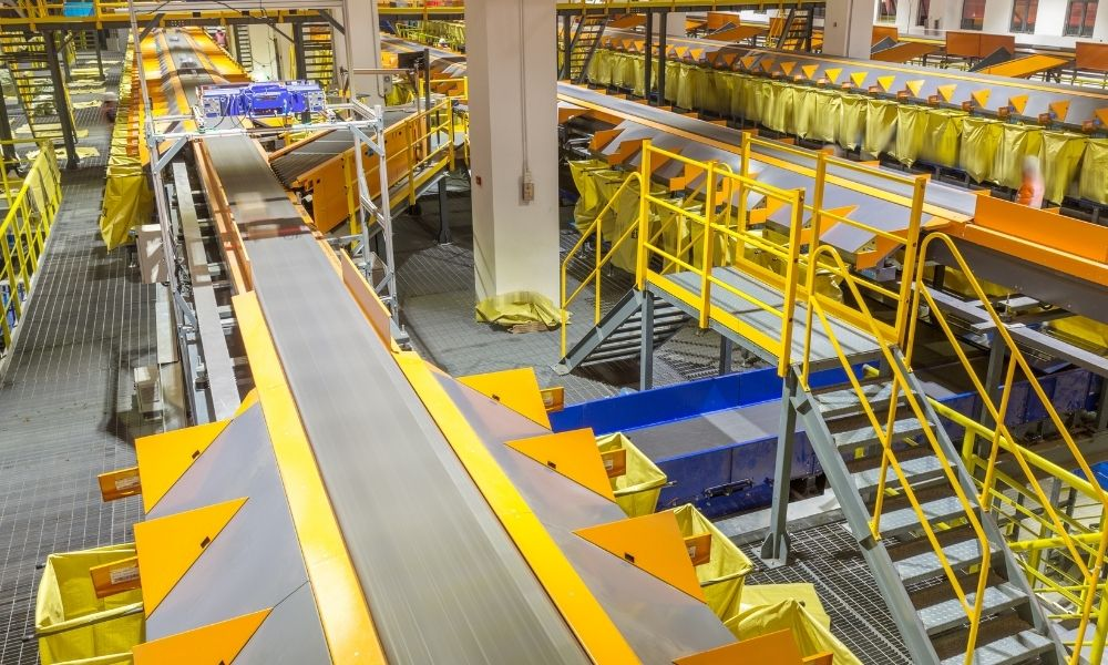 Different Applications for Belt Conveyors